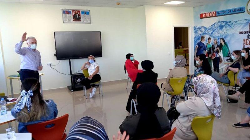 Kocaeli Haber -Kartepe Genç Akademi Eğitmenleri Eğitimde