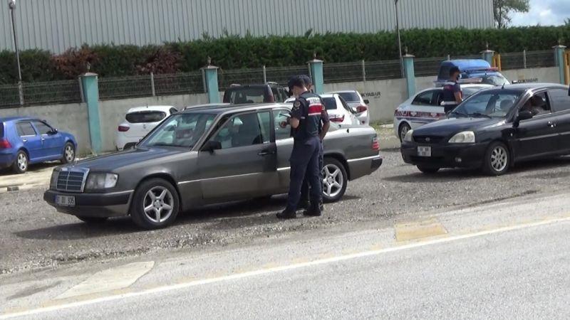 Düzce'de sokağa çıkma kısıtlamasını ihlal edenlere ceza yağdı
