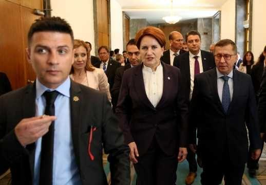 Meral Akşener, Türkkan Üzerinden Alev Püskürdü!