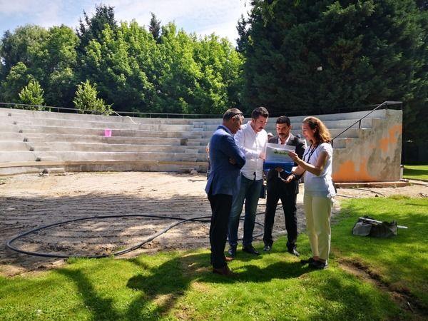 Kocaeli haber- Amfi Tiyatro yenileme çalışması son sürat devam ediyor