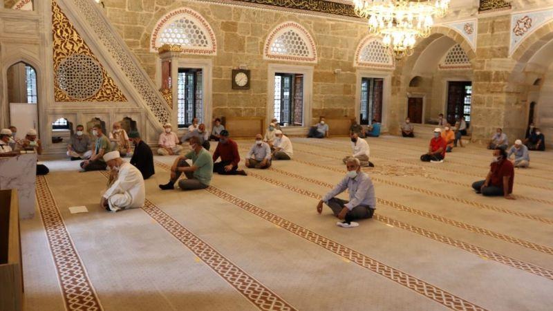 Kocaeli Haber - İzmit'in Kurtuluşunun 100. Yılında Şehitler için Mevlit Okutuldu