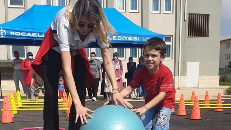 Kocaeli Haber - Özel gereksinimli çocuklara eğlenceli atletizm