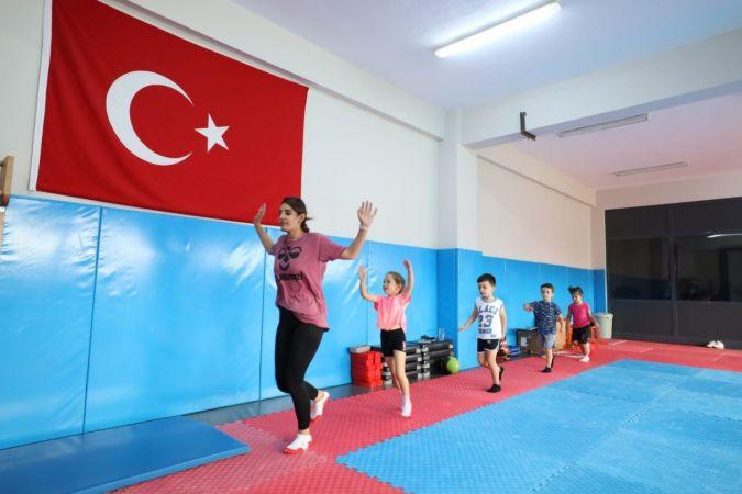 Başiskele'de ücretsiz yaz spor okulları başladı