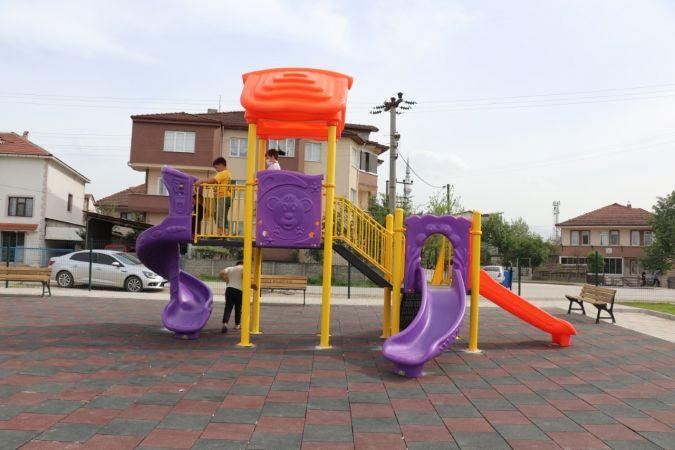 Düzce'de her mahalleye park yapılıyor