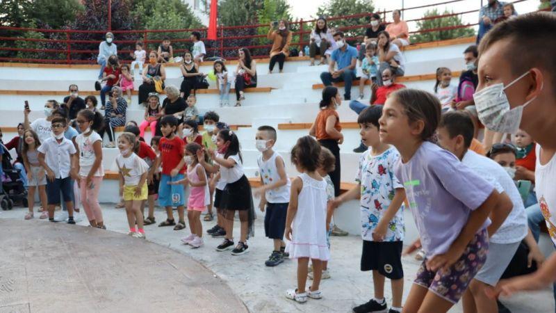 Kocaeli Haber -Müzikli Çocuk Masalları Yahya Kaptan'ı yine gülümsetti