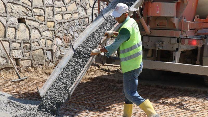 Kocaeli Haber - İzmit Belediyesi'nden Ayazma Mahallesi'ne yeni beton yol