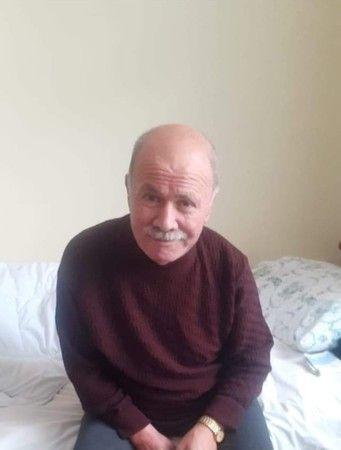 Kocaeli Haber - Belediye Başkan Yardımcısı Boğazına Kaçan Baklava Yüzünden Hayatını Kaybetti
