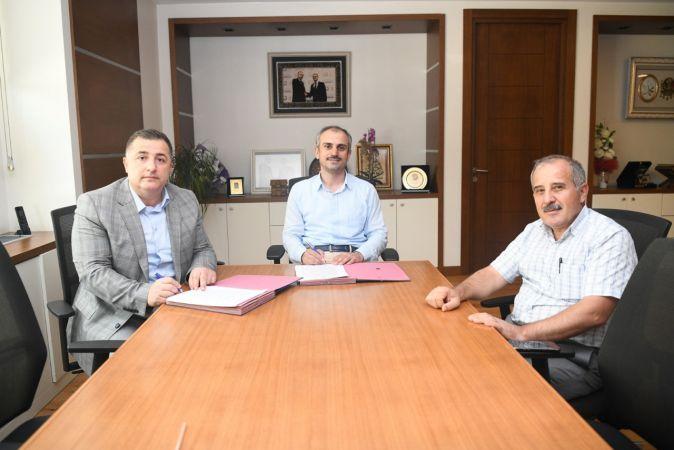 Kadrolu işçilerin toplu iş sözleşmesi imzalandı
