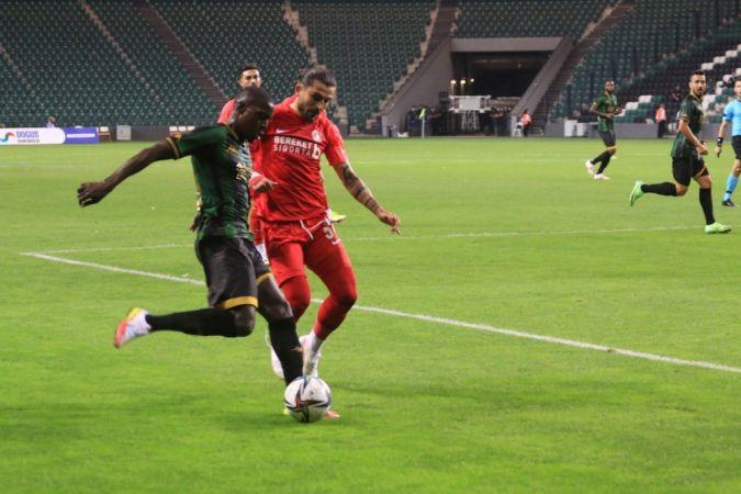 TFF 1. Lig: Kocaelispor: 0 - Ümraniyespor: 3 (Maç sonucu)