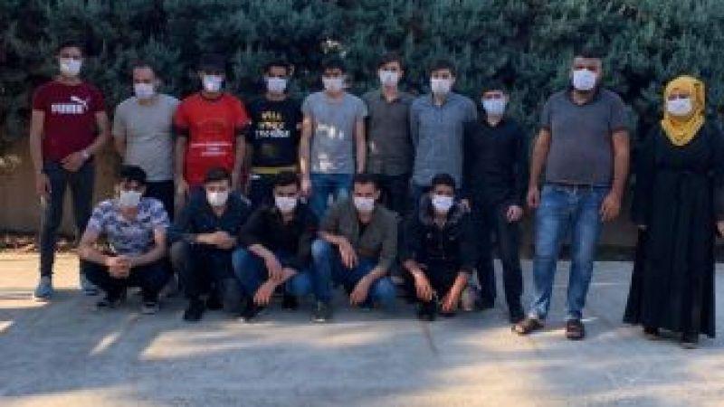 Kocaeli Haber - Düzensiz Göçmenleri Taşıyan Aracın Sürücüsü Tutuklandı