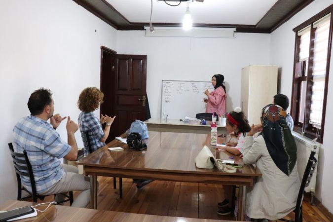 Düzce'de işaret dili kursu açıldı