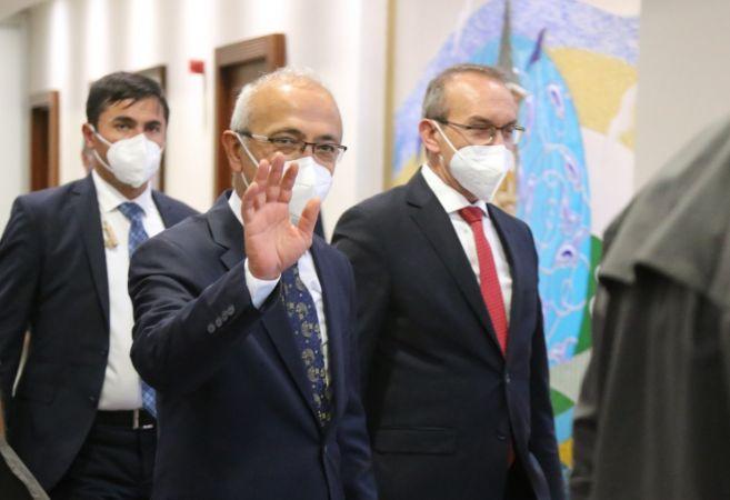 Hazine ve Maliye Bakanı Lütfi Elvan Kocaeli'de ziyaretlerde bulundu