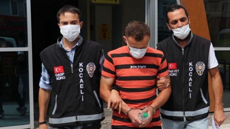 Kocaeli Haber - Kuyumcunun Yüzüne Taşla Vurup, Altınları Çalan Zanlı Tutuklandı