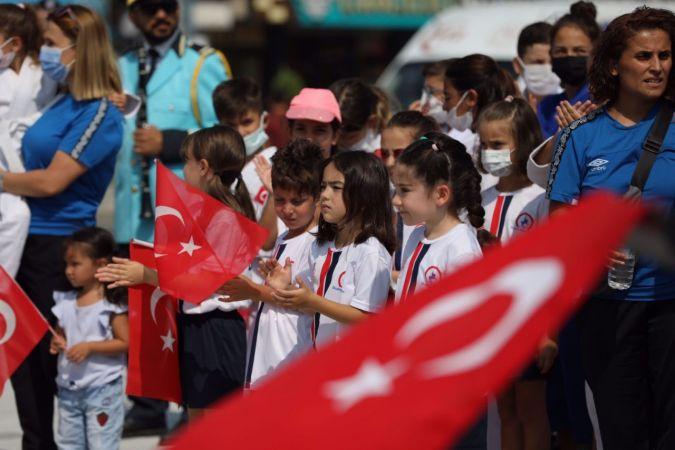 Düzce'de 30 Ağustos Zafer Bayramı kutlandı