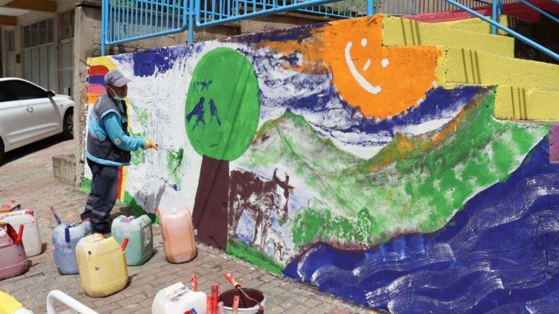 Kocaeli Haber - İzmit Belediyesi Temizlik İşleri Müdürlüğü kenti pırıl pırıl yapıyor