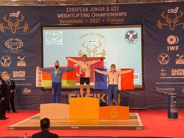 3 Altın madalya ile Avrupa Şampiyonu oldu