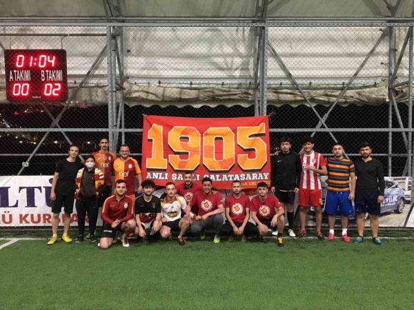 Galatasaraylı gençlerden lösemi hastalığını yenen Eren'e destek