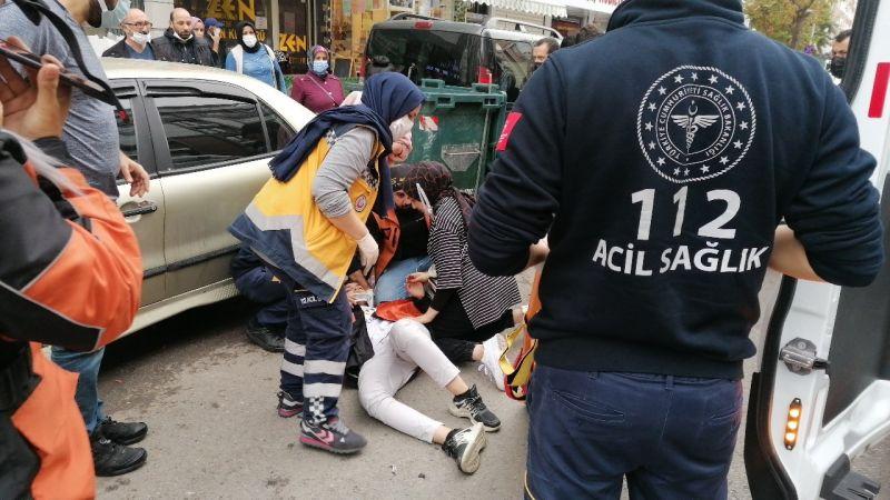 Kocaeli Haber - Otomobille Çarpışan Motosikletli Kurye Yaralandı