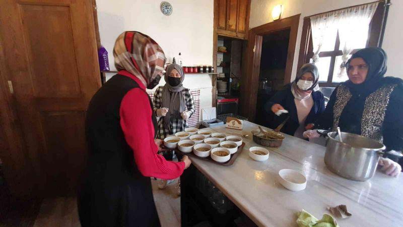 Kastamonu'nun yöresel yemeklerinden ekşili pilav ve akdene çorbası, dünyaya tanıtılacak