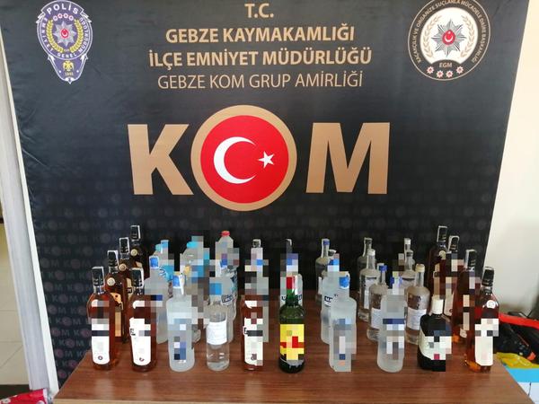 35 şişe sahte içki ele geçirildi