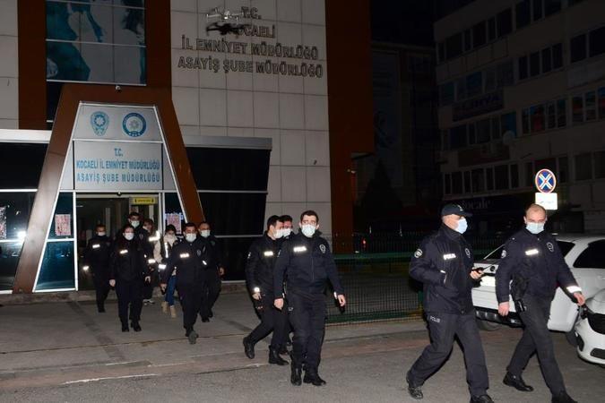 Aranan 17 şüpheliye polis operasyonu!!!