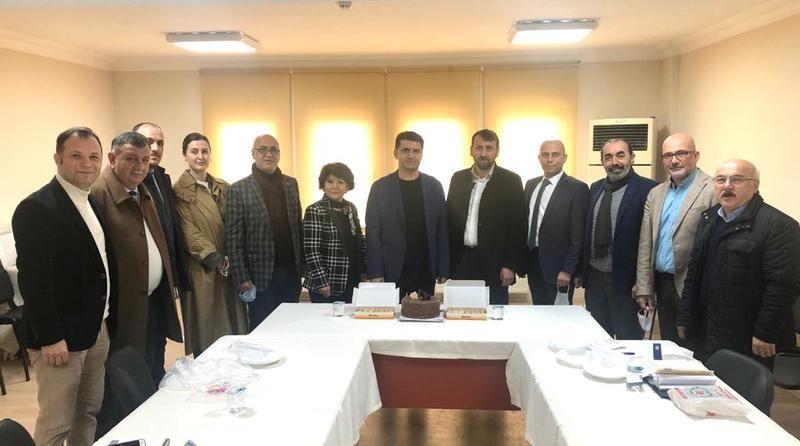 Başkan Gürel'e doğum günü sürprizi