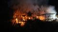 Alev alev yanan baraka küle döndü