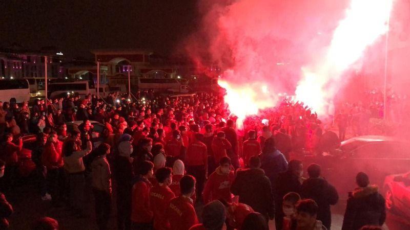 AKP'liler Ankara'ya akın ettiler!