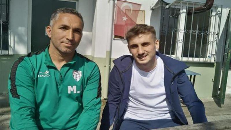 Galatasaraylı futbolcu Gölcük'te hasret giderdi