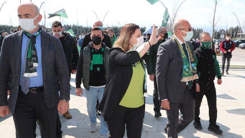 Kocaelispor kongresinde İzmit Belediyesinden sıcak karşılama