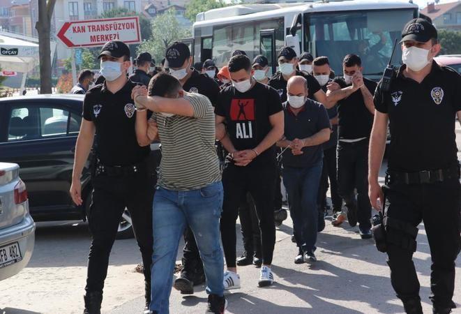 3 milyon TL'lik vurgun yapan 14 sahte bankacı tutuklandı