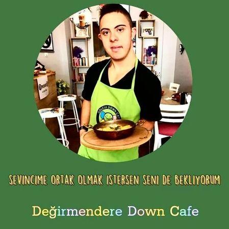 """""""Bir kahvaltı bir umut"""" Down Cafe hizmette"""