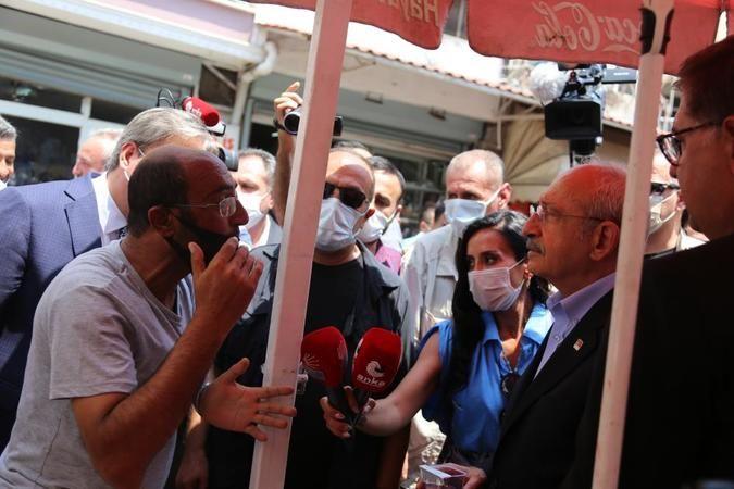 Kılıçdaroğlu, vatandaşlarla vapurda balık ekmek yedi