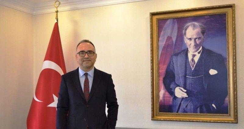 """""""Türk genci ve Türk Milleti Cumhuriyet ve kimlik değerlerine saldıranlara asla müsaade etmeyecektir"""""""