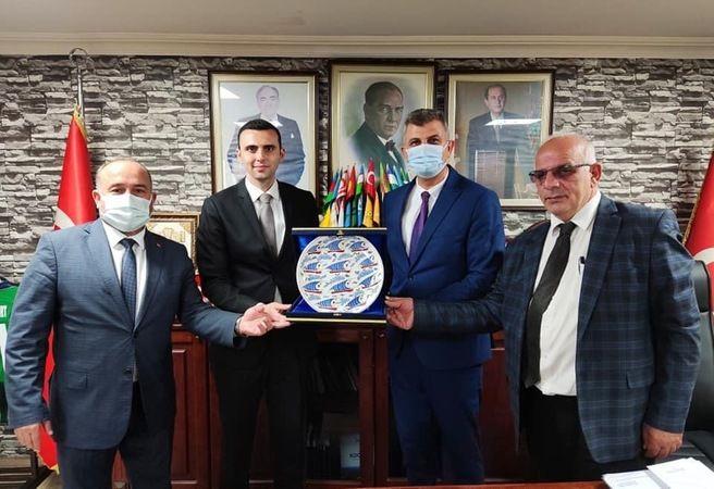 Gölcüklü Başkanlar MHP Kocaeli'de