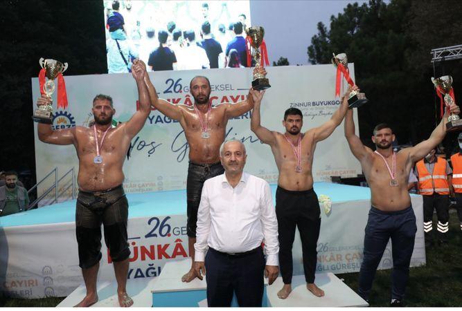 Hünkar Çayırı Yağlı Güreşleri'nin şampiyonu Ali Gürbüz oldu
