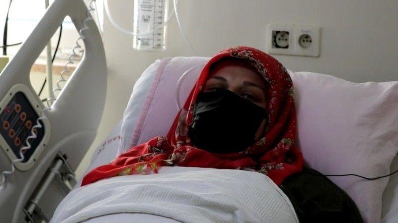 """Korona virüs hastası anne: """"Şu anki aklım olsa kesinlikle aşı olurdum"""""""
