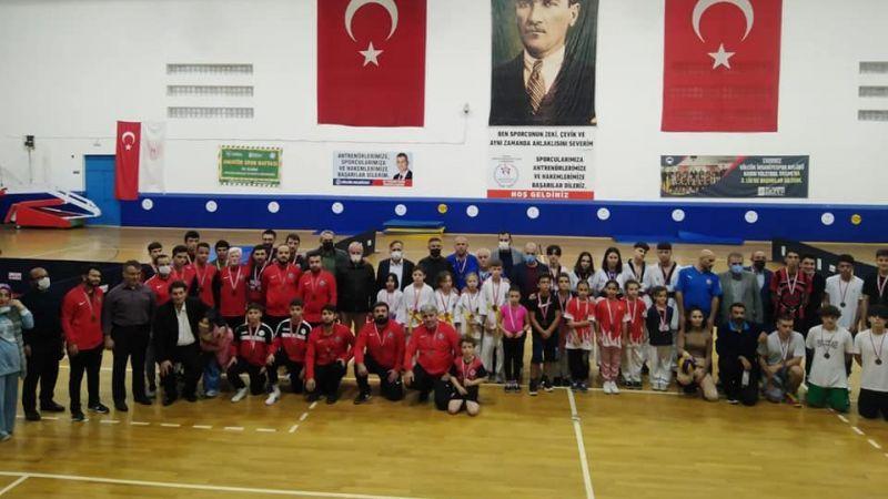 4-10 Ekim Amatör Spor Haftası Gölcük'te kutlandı