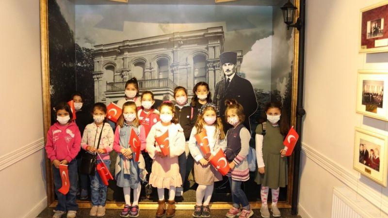 Hakkaniye İlkokulu öğrencileri Atatürk Evi Müzesi'ni ziyaret etti