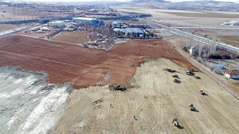 Elazığ'da depremzedeler için kurulan Konteyner kent çalışmaları aralıksız devam ediyor