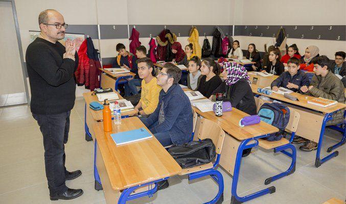 Eğitime ara verilen Elazığ'da öğrencilere destek kursu başlatıldı