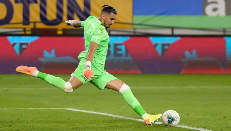 Inter ve Roma, Uğurcan Çakır için kapışıyor!