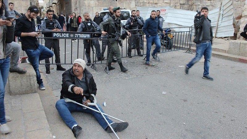 """Siyonist Belediye Başkanı Yardımcısı Filistinlinin """"engeliyle"""" alay etti"""
