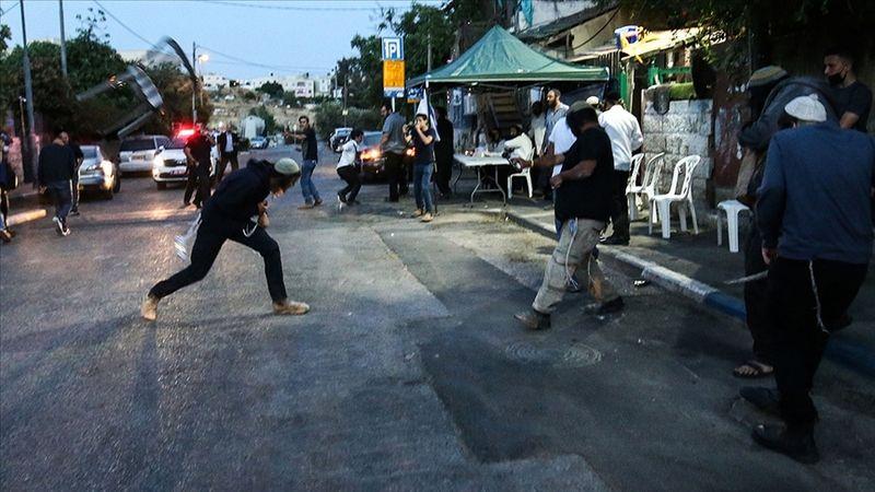 Lid kentinde siyonistler, Filistinlilerin evlerine taşla saldırdı