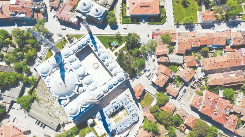 Mimar Sinan'a ilham olan eser: Üç Şerefeli Camii