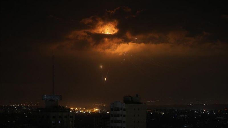 Lübnan'dan terör devleti İsrail tarafına 6 roket atıldı