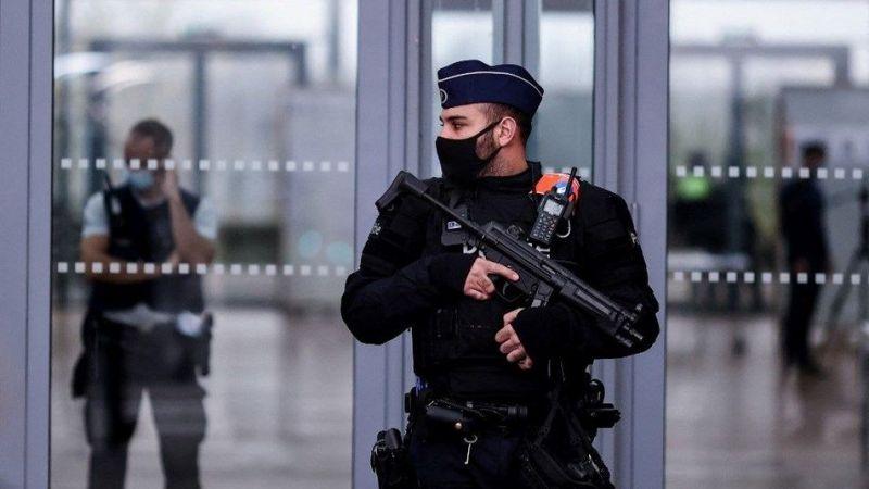 Belçika'da aşırı sağcı firari askerin hedefi cami