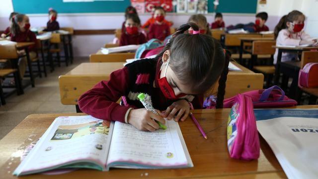 Ziya Selçuk'tan telafi eğitim açıklaması
