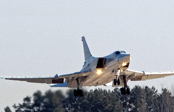 Rusya, ilk defa Hmeymim Hava Üssü'ne bombardıman uçağı gönderdi