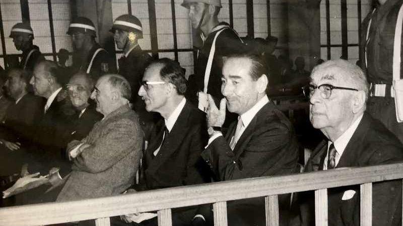 61 yıldır hiç değişmediler! Türk demokrasi tarihinin kara lekesi 27 Mayıs darbesi